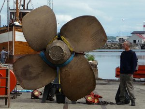 At the shipyard in Sandnessjoen admiring a prop.
