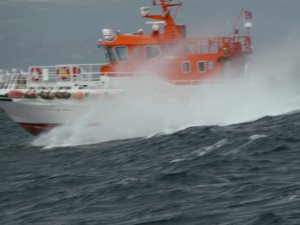 A Norwegian Lifeboat passed the schooner Trinovante