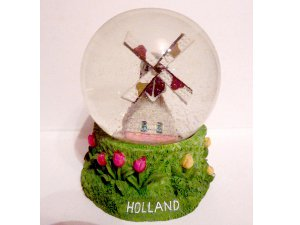 The Holland snowdome.