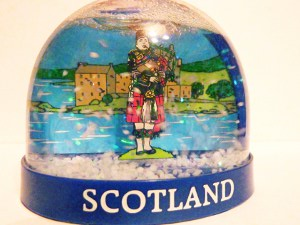 The non-sailing kilt wearing Scotland Snowdome.