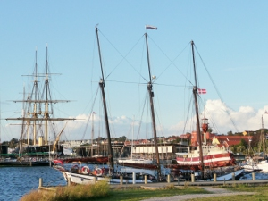 The schooner Trinovante with the frigate Jelland in the background